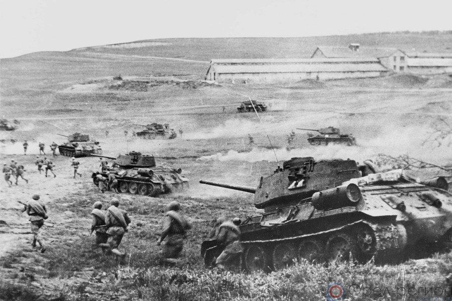 Т-34 с десантом ведут бой за станцию Раздельная в районе Одессы| Фото: www.kskdivniy.ru.